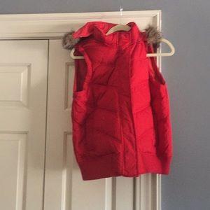 Gap red vest. Removable faux fur trim hood